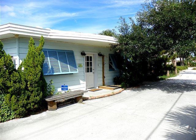 Via De Luna 119 - Image 1 - Pensacola Beach - rentals