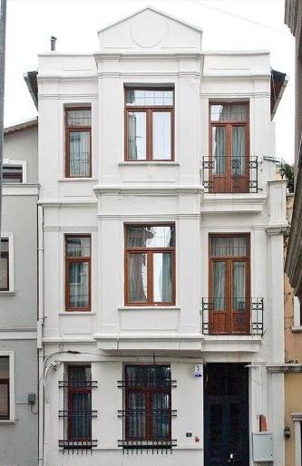 Exterior-2 - Family House  near Taksim 5BR  W /Kitchen/Garden - Istanbul - rentals