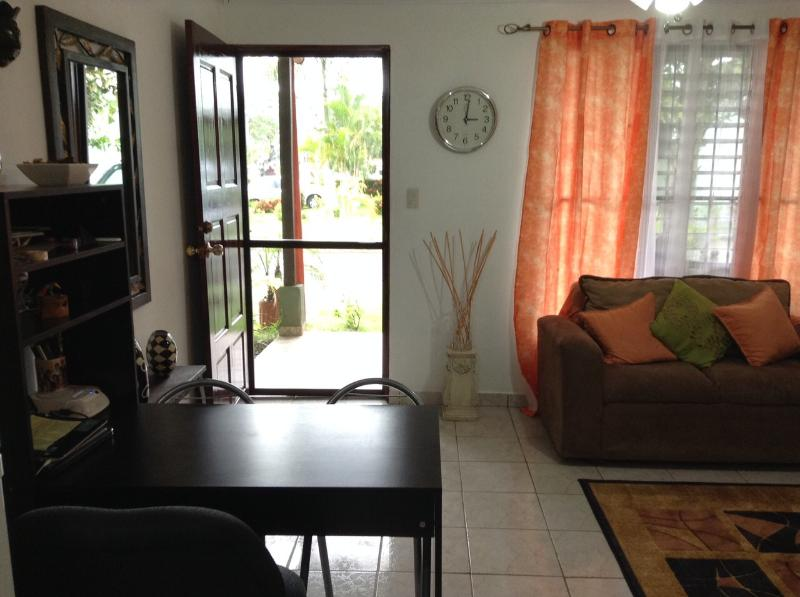 Living room - 1 bedroom apartment in Jaco Beach - Jaco - rentals