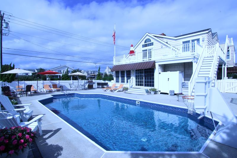 Beach Block,3rd House From Beach,Large Pool,Views - Image 1 - Avalon - rentals