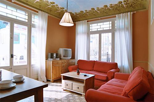 ROYAL TERRACE, by las Ramblas, up to 9! - Image 1 - Barcelona - rentals