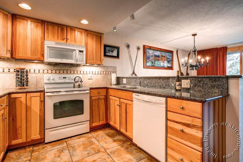 Trails End Condos 504 by Ski Country Resorts - Image 1 - Breckenridge - rentals