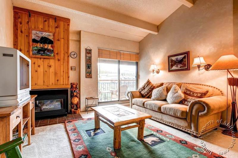 Trails End Condos P9 by Ski Country Resorts - Image 1 - Breckenridge - rentals