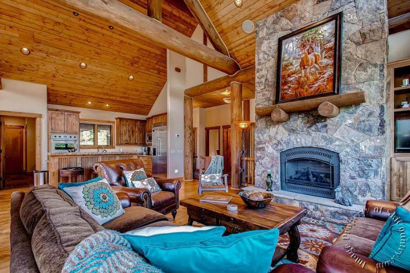 Wiese Mountain Retreat by Ski Country Resorts - Image 1 - Breckenridge - rentals