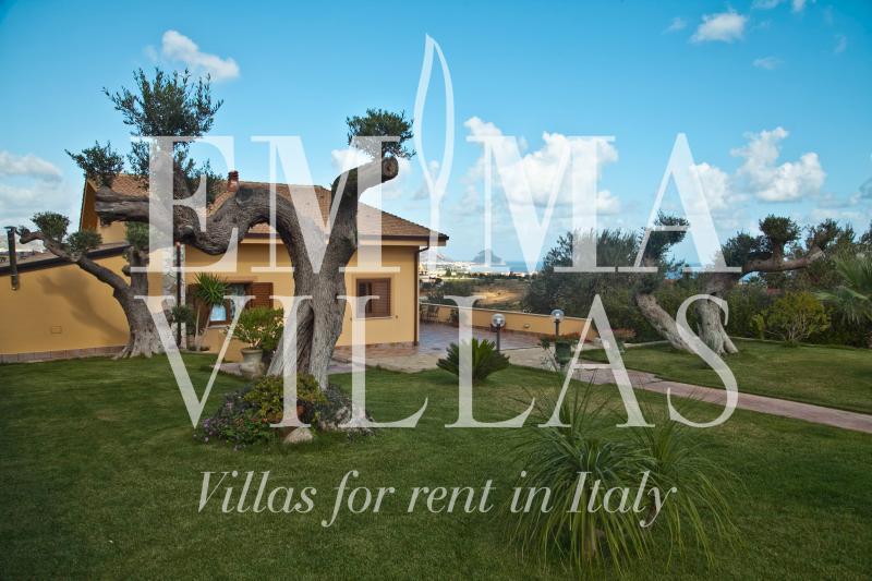Villa Iris 8 - Image 1 - Palermo - rentals