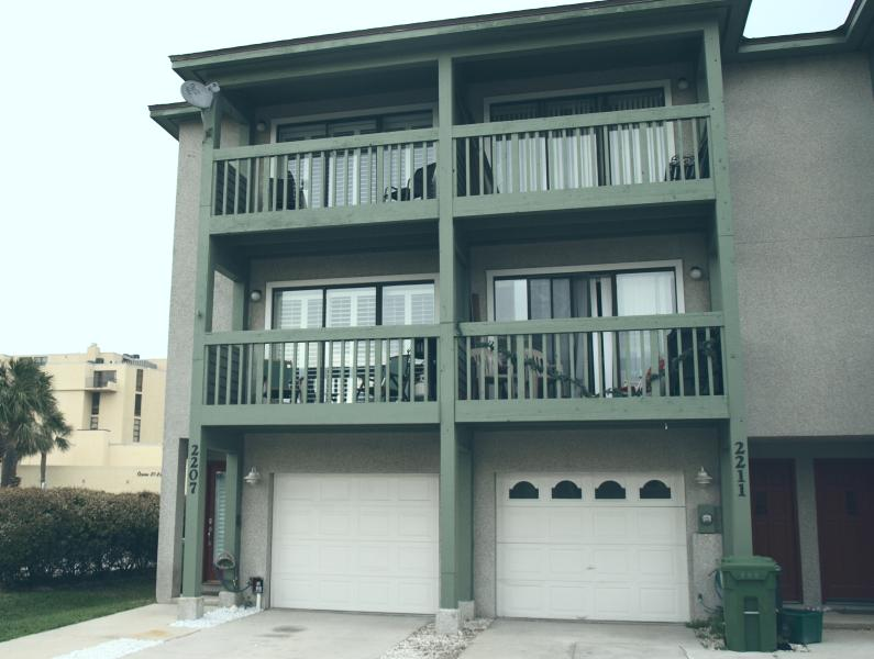Two Units side by side - Two 3/3 units, Side by Side - Jacksonville Beach - rentals