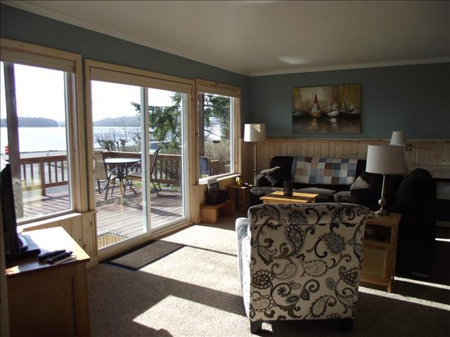 Large inviting one bedroom apartment with incredible view - A Waters' Edge - Sitka - rentals