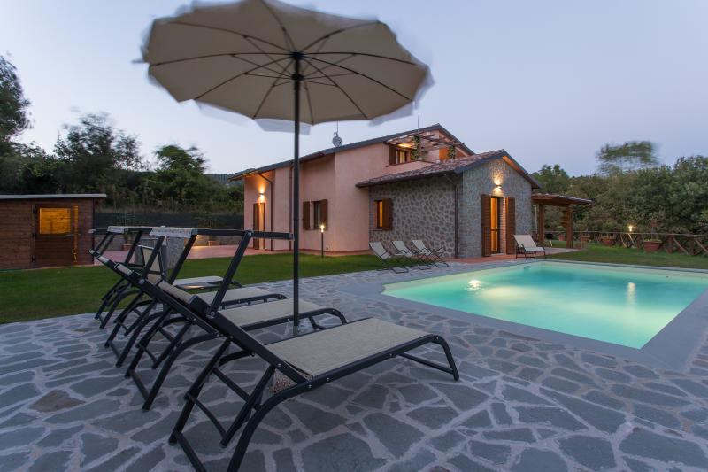 Timeless Atmosphere at Villa Verdi Colline in Cotona, Tuscany - Image 1 - Cortona - rentals