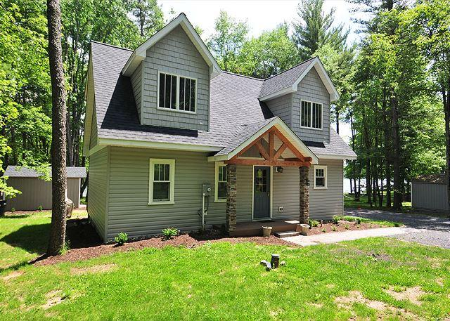 Front of House - Bear Trap - Swanton - rentals