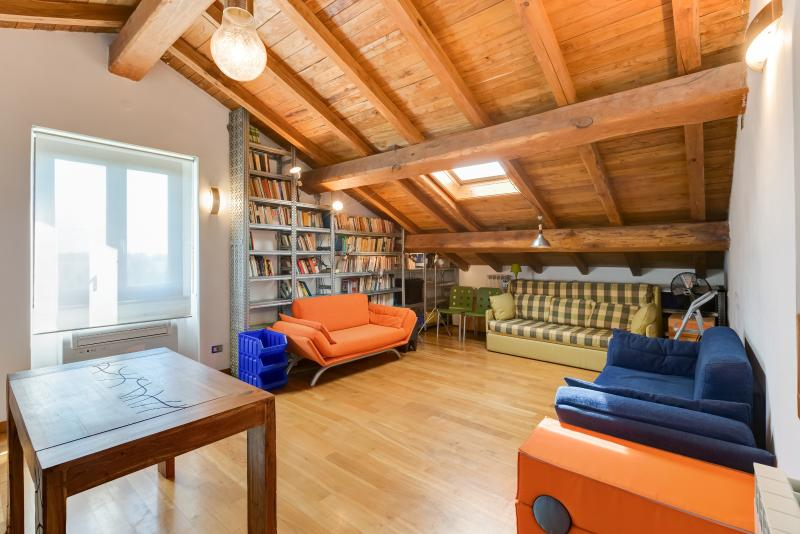 CASALFATTORIA-Luxury&Design AC Parking Garden WiFi - Image 1 - Rome - rentals
