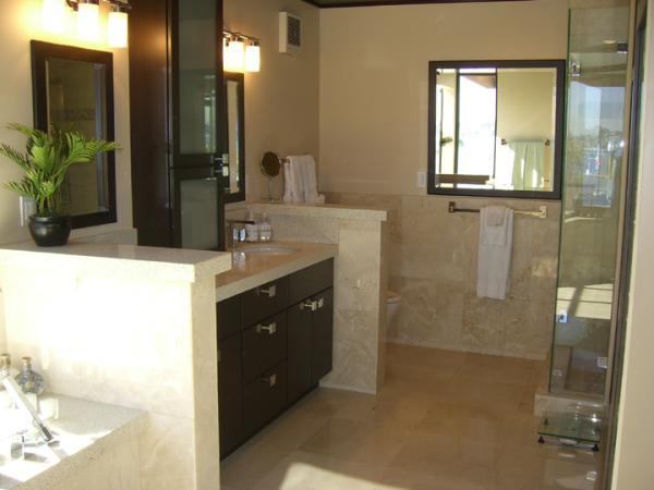 Marter Bathroom - San Diego 4 BR-4 BA House (3958 Bayside Walk #1) - San Diego - rentals