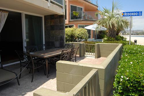 patio view - Super House with 2 Bedroom, 2 Bathroom in San Diego (3750 Bayside Walk #04) - San Diego - rentals