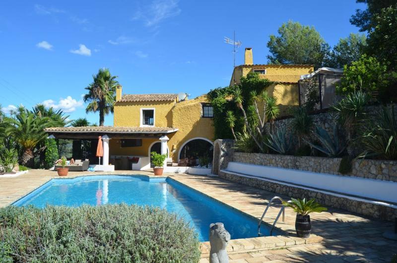 Villa Pennede Villa in Sitges, villa rental in Sitges, holiday rental in Sitges, villa to let near Sitges, Barcelona Villa - Image 1 - Sitges - rentals