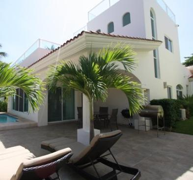 4 BEDROOMS HOUSE PLAYACAR 8 PEOPLE & PRIVATE POOL - Image 1 - Playa del Carmen - rentals