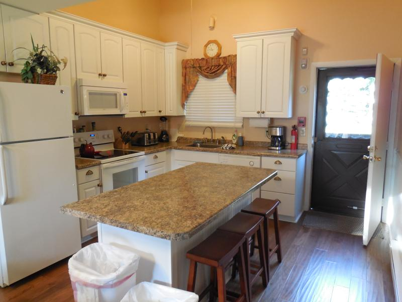 Kitchen - 3br+ at  Dells Club Condos+ Chula Vista Waterparks - Wisconsin Dells - rentals