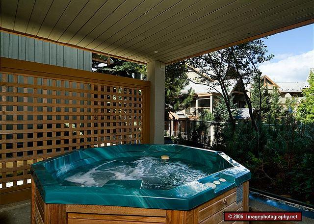 69 Glaciers Reach this 2br home has a hot tub & pool in Whistler Village - Image 1 - Whistler - rentals