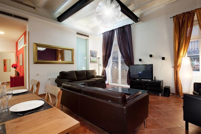 Las Ramblas 4 bedroom apartment - Image 1 - Barcelona - rentals