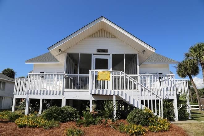 "131 Palmetto Blvd - ""At Ease"" - Image 1 - Edisto Beach - rentals"