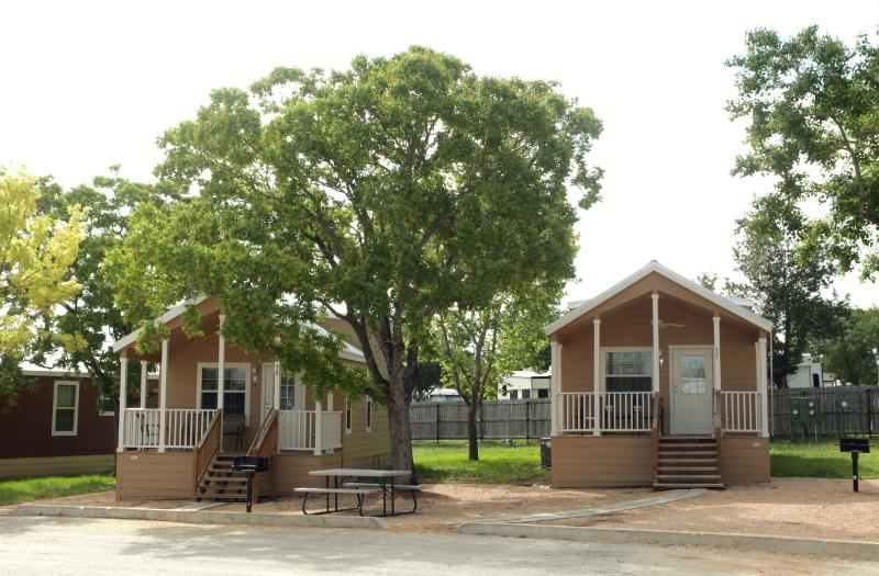 We have over 30 Guadalupe Cottages, with one bedroom, a loft, one bathroom, and full kitchen - Affordable New Braunfels Cottage w/ Loft Sleeps 8 - New Braunfels - rentals