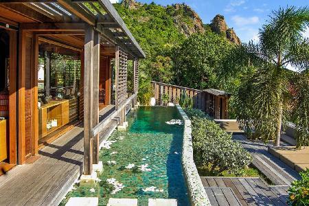 Bali-inspired hillside Casa Zenial with pool, BBQ & daily maid 5 min to Saline beach - Image 1 - Grande Saline - rentals
