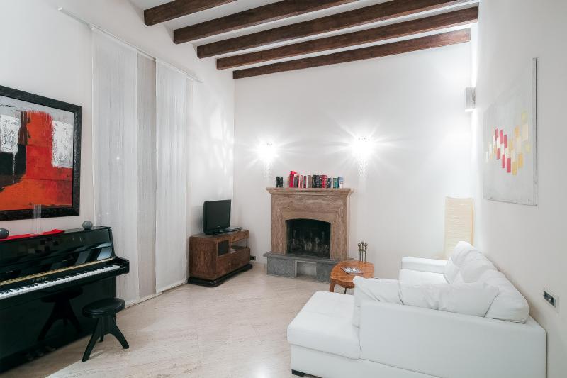 Manara - 2990 - Rome - Image 1 - Rome - rentals