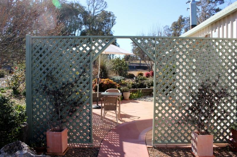 Private patio and entrance - Bindawalla B&B Armidale - Armidale - rentals