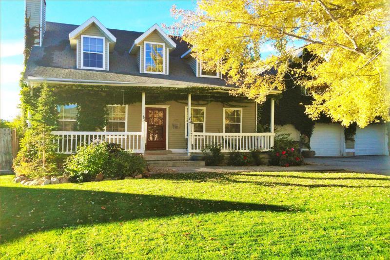 Large 5BR House Near Skiing & Downtown Salt Lake - Image 1 - South Jordan - rentals