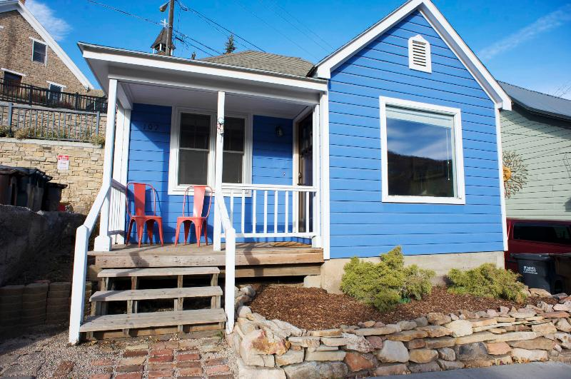 Casa Blu!  Built in 1860 and was one of the first homes in PC! - Casa Blu: Historic Miner's Cabin on Main Street! - Park City - rentals