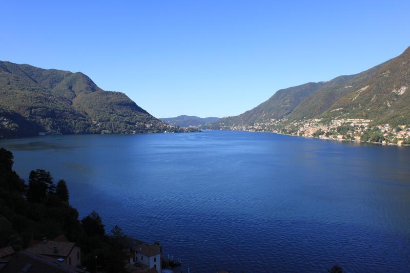 Amazing Pognana Lario...... with Spectacular Lake Como Views ...Minutes from Como Centro - WATERFRONT  Villa Costa Azzurra - Lakefront  Views - Pognana Lario - rentals
