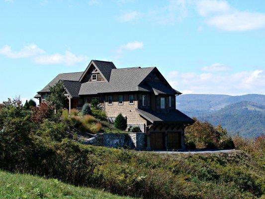Middleground Location: Boone / Valle Crucis - Image 1 - World - rentals