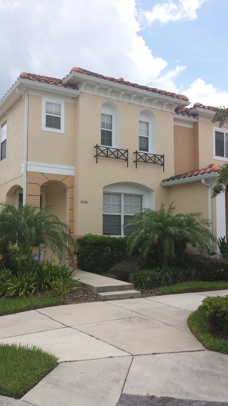 Amazing 3 Bed, 2 1/2 Bath Townhomes Rental (Rentals By Owner). - Image 1 - Kissimmee - rentals