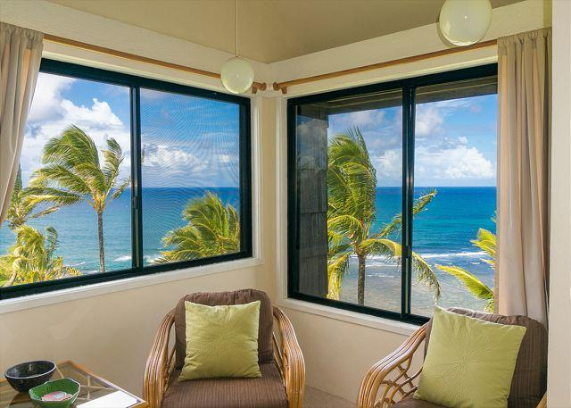 Your amazing view! - Sealodge G8: Oceanfront views from top floor 2br/2ba on north shore - Princeville - rentals