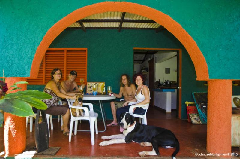 Some recent renters enjoying the bungalow. - Bungalow Near Several Beaches, WiFi, Hot Water - Las Galeras - rentals