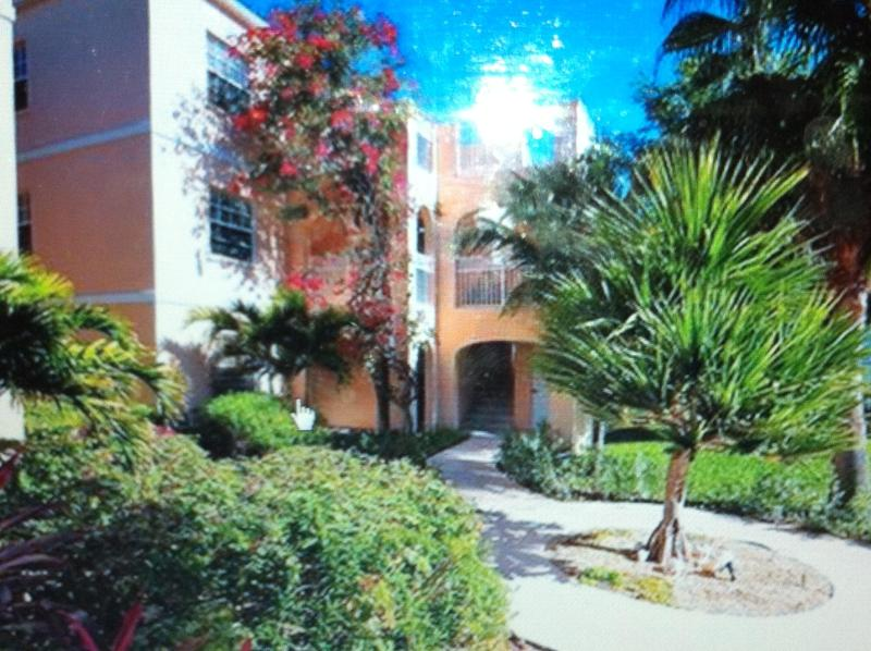 Affordable Luxury in the Heart of Grace Bay! - Image 1 - Providenciales - rentals