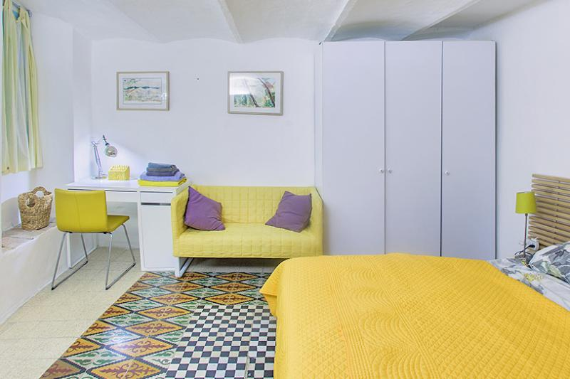 Adorable one bedroom German Colony - Image 1 - Jerusalem - rentals