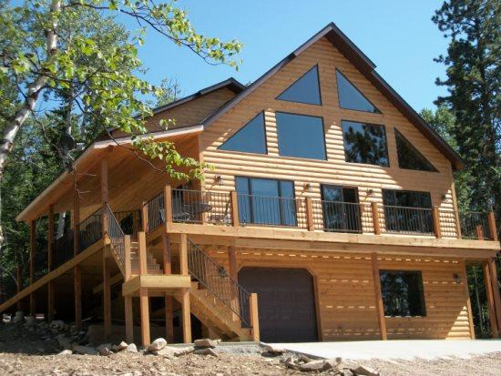 In The Snow Lodge - Image 1 - Lead - rentals