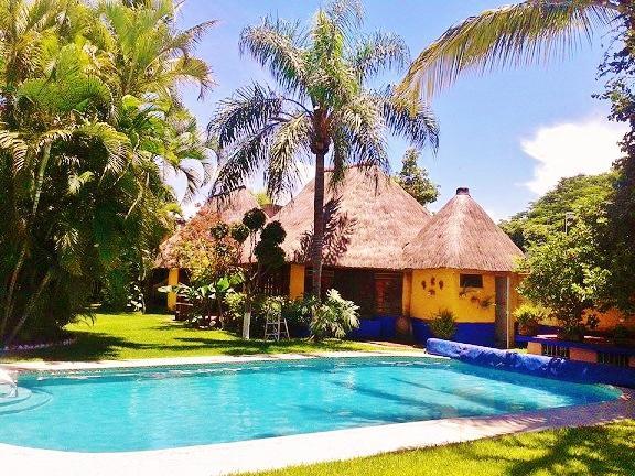 Tropical B&B 6 bedrooms -  15 min from Cuernavaca - Image 1 - Xochitepec - rentals