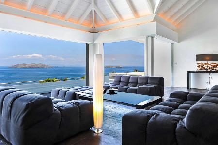 Sun-drenched Villa Khajuraho with ocean view bedrooms, pool & daily maid - Image 1 - Pointe Milou - rentals