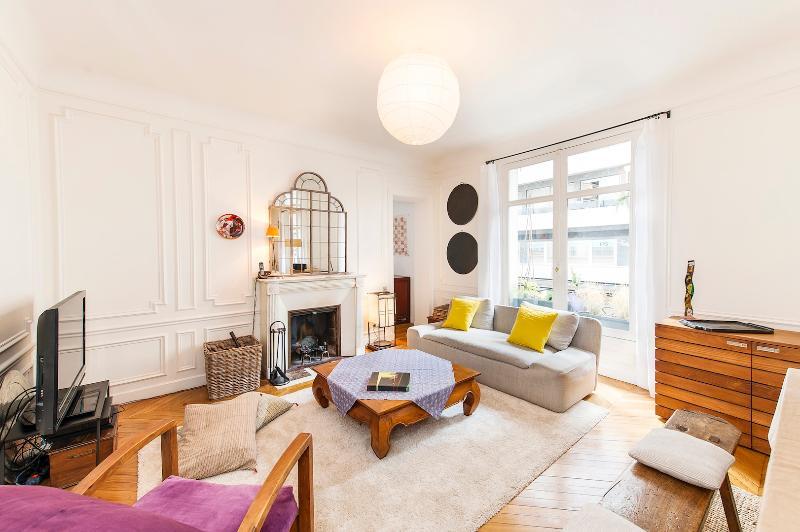 Great Value!Fantastic 4 Bed in St germain - Image 1 - Paris - rentals