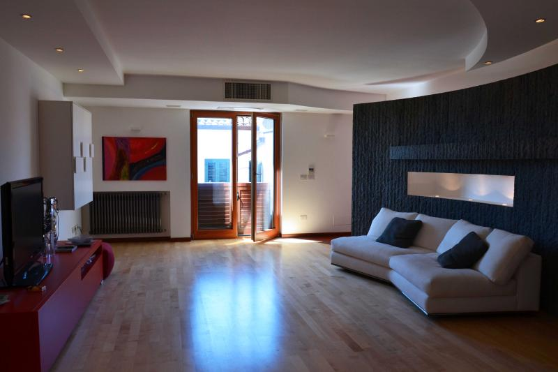 Casa Terrizzi, penthouse in Taormina - Image 1 - Taormina - rentals