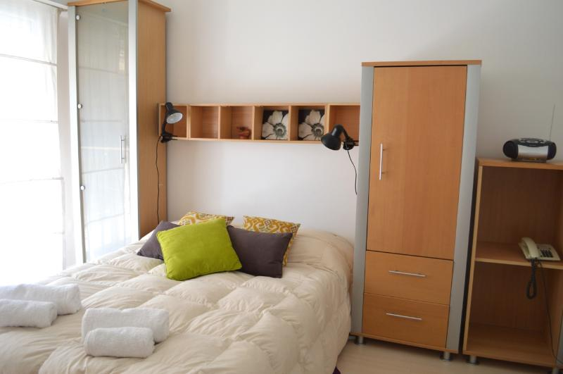 Nice Sunny Studio FAST WiFI 10M! - Image 1 - Buenos Aires - rentals