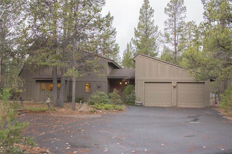 #8 Irish Mt. Lane - Image 1 - Sunriver - rentals