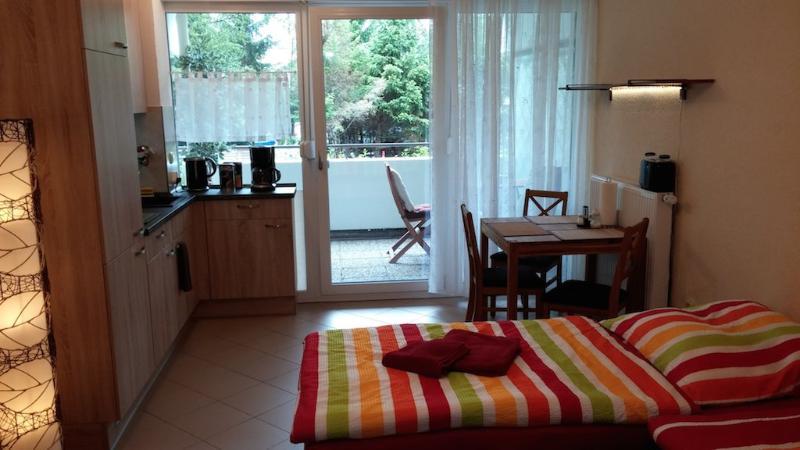 LLAG Luxury Vacation Apartment in Nuremberg - 377 sqft, central, spacious, modern (# 4897) #4897 - LLAG Luxury Vacation Apartment in Nuremberg - 377 sqft, central, spacious, modern (# 4897) - Nuremberg - rentals