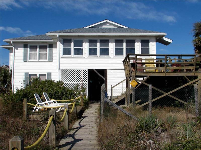 "1204 Palmetto Blvd - "" Edgewater"" Up Only - Image 1 - Edisto Beach - rentals"