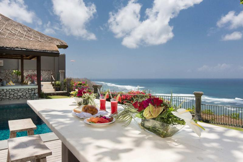 Villa Karang Putih - The Ocean View Wedding Villa - Image 1 - Ungasan - rentals