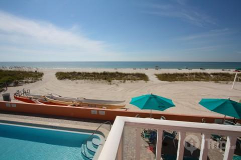 Corner beachfront balcony overlooking the pool and Gulf - 220 - Island Inn - Treasure Island - rentals