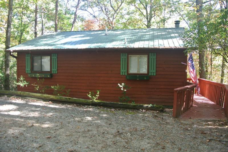 Whispering Creek - 2 bedroom, 2 private bathrooms, - Image 1 - Helen - rentals