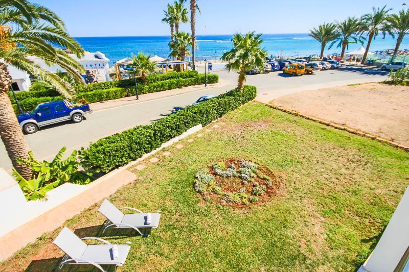 VIlla Sorelle Beachfront - Image 1 - Protaras - rentals