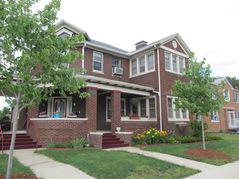 Baldwin House of Streator - Baldwin House of Streator, the Hotel Alternative - Streator - rentals
