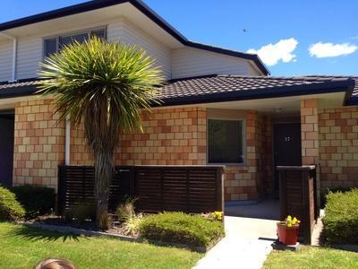 Outside - front - Rotorua House - Rotorua - rentals